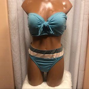 Tie knot bikini top w/ stripe mid-rise swim bottom